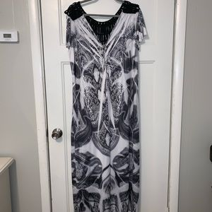 Black and White Snake Print Maxi Dress